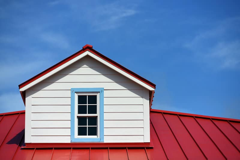 heres when metal roofing is the best choice for you